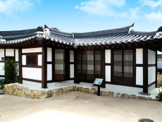 Hwa-Sil (a painting house) 1
